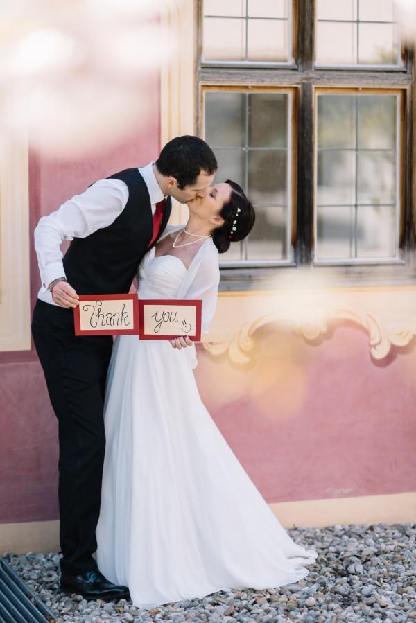 Vielen Dank an Olivia und alex für die nette Karte. Und natürlich an DJ Jules für die tolle Leistung auf der Hochzeitsfeier.