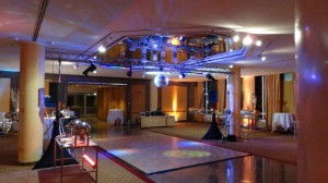 Tanzfläche Silvester Hilton DJ München