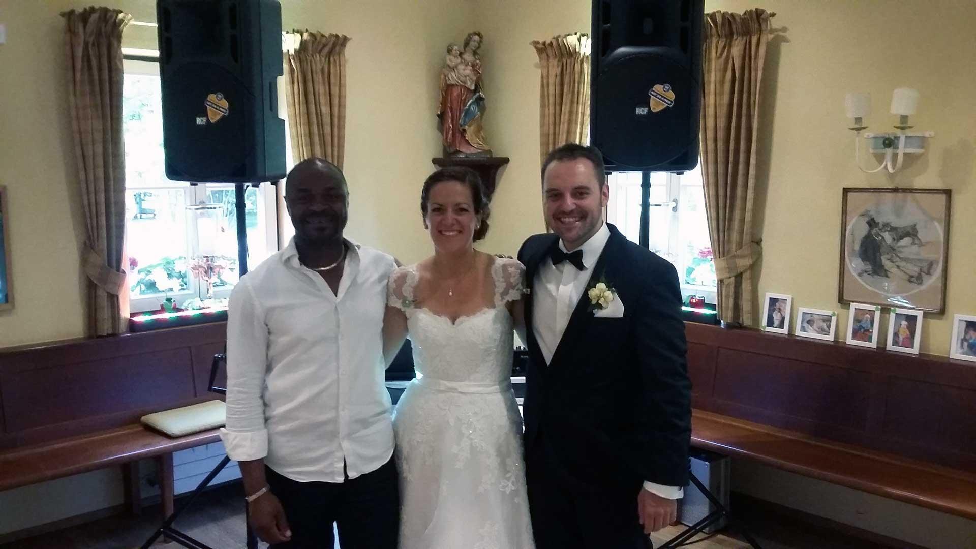 DJ Jules München mit Brautpaar